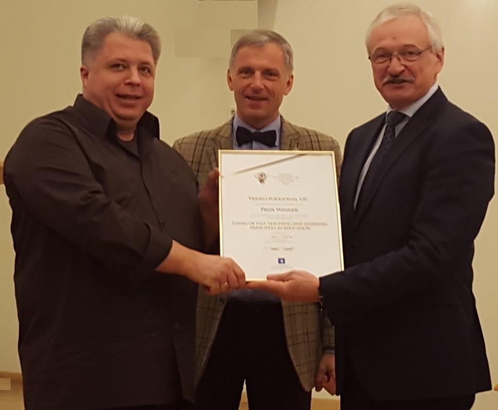 Ukio ministras Evaldas Gustas sveikina Algirda Karaliu